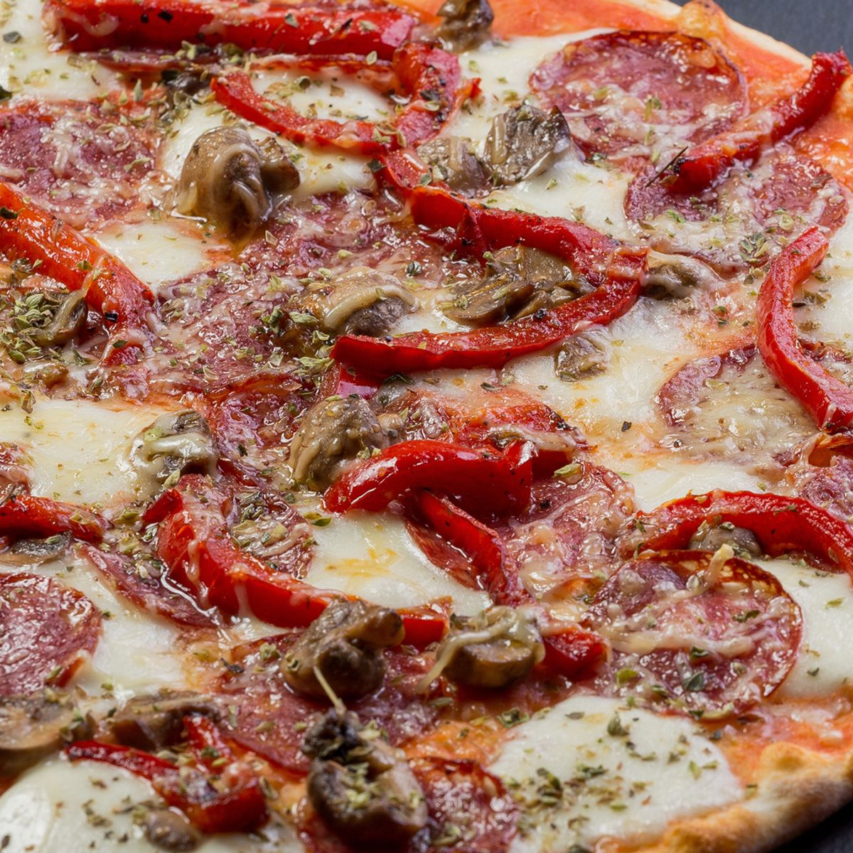 Пицца Калабрезе